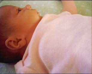 baby around 3 wks